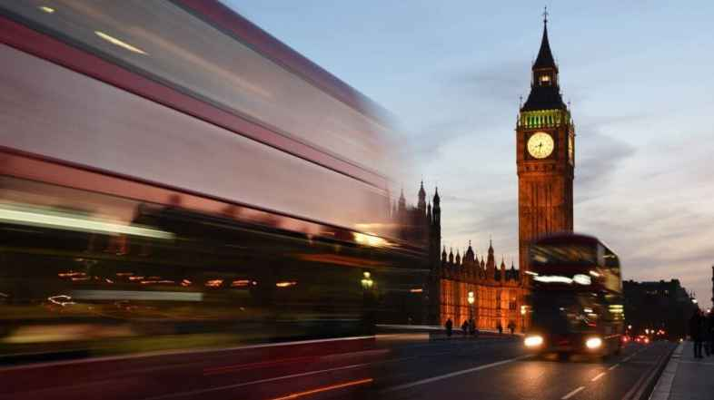 The ultimate public transport guide to London (tips from a local!)