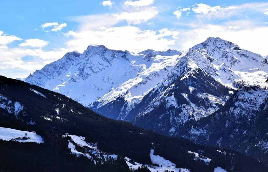 Why Kitzbühel is the best skiing destination