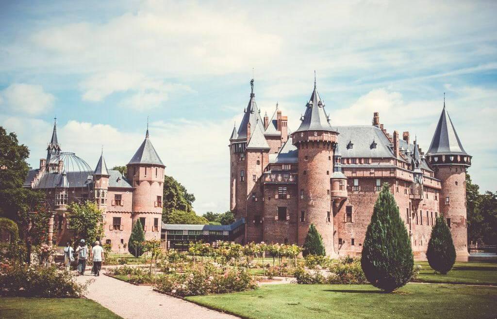 Castle de Haar: visiting the prettiest castle in the Netherlands