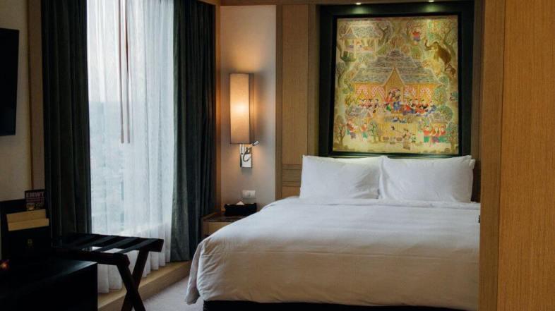 Waking up to the skyline of Bangkok at Banyan Tree Hotel Bangkok