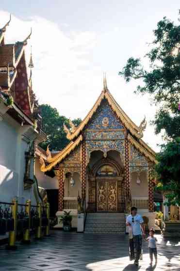 Watphrathatdoisuthep13 - Wat Phra That Doi Suthep tempel bezoeken vanuit Chiang Mai
