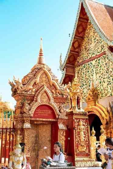 Watphrathatdoisuthep6 - Wat Phra That Doi Suthep tempel bezoeken vanuit Chiang Mai