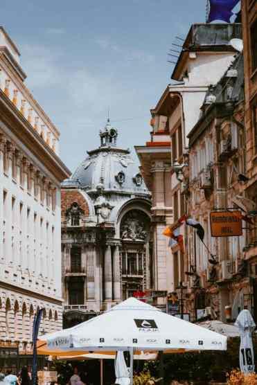 Bucharest19 - De 11 Boekarest bezienswaardigheden die je niet mag missen (+ restaurant tips!)