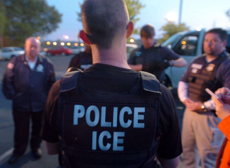 ice arrests 105 people