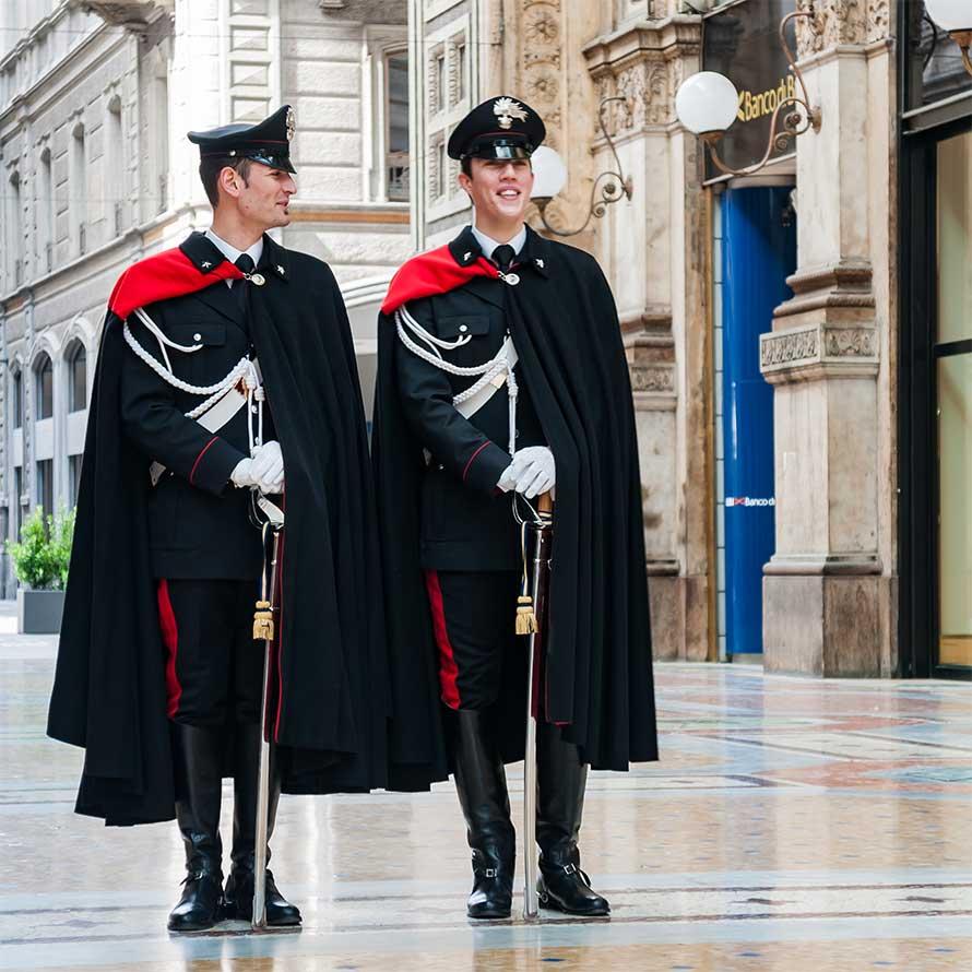 Carabinieri in alta uniforme