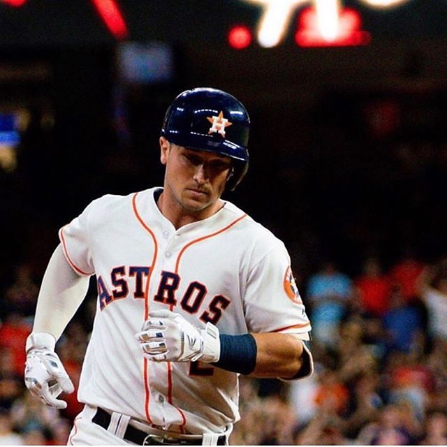Alex Bregman Height, Weight, salary, Girlfriend, Wife