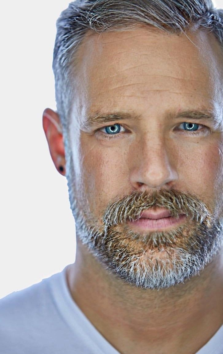 short beard styles for older men