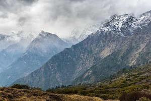 SCALING MOUNTAINS Nepal's aspirations for a climate-resilient sustainable future