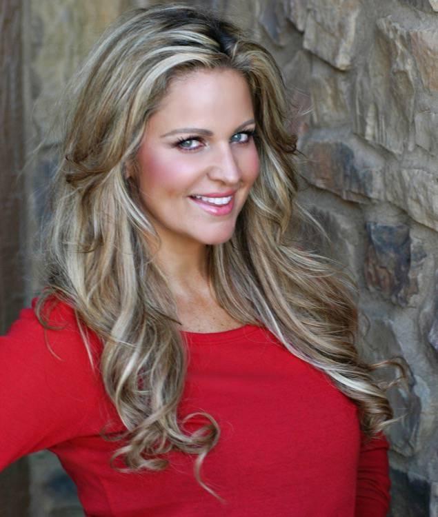 Holly Starr Exposure Inc Kansas City's Premier Model