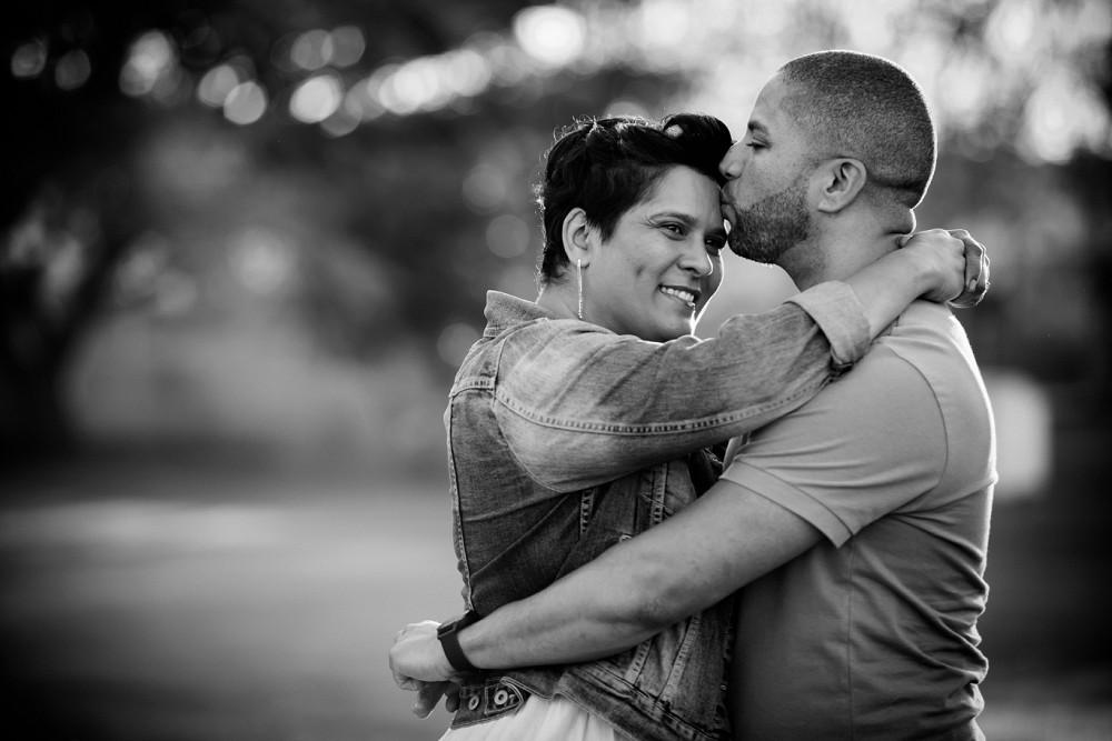 Loch Lynne 10 year anniversary couple