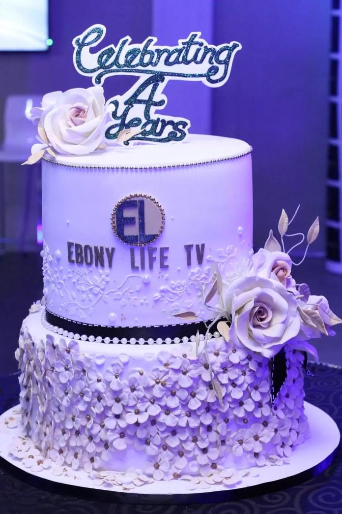 Anniversary_Cake[1]