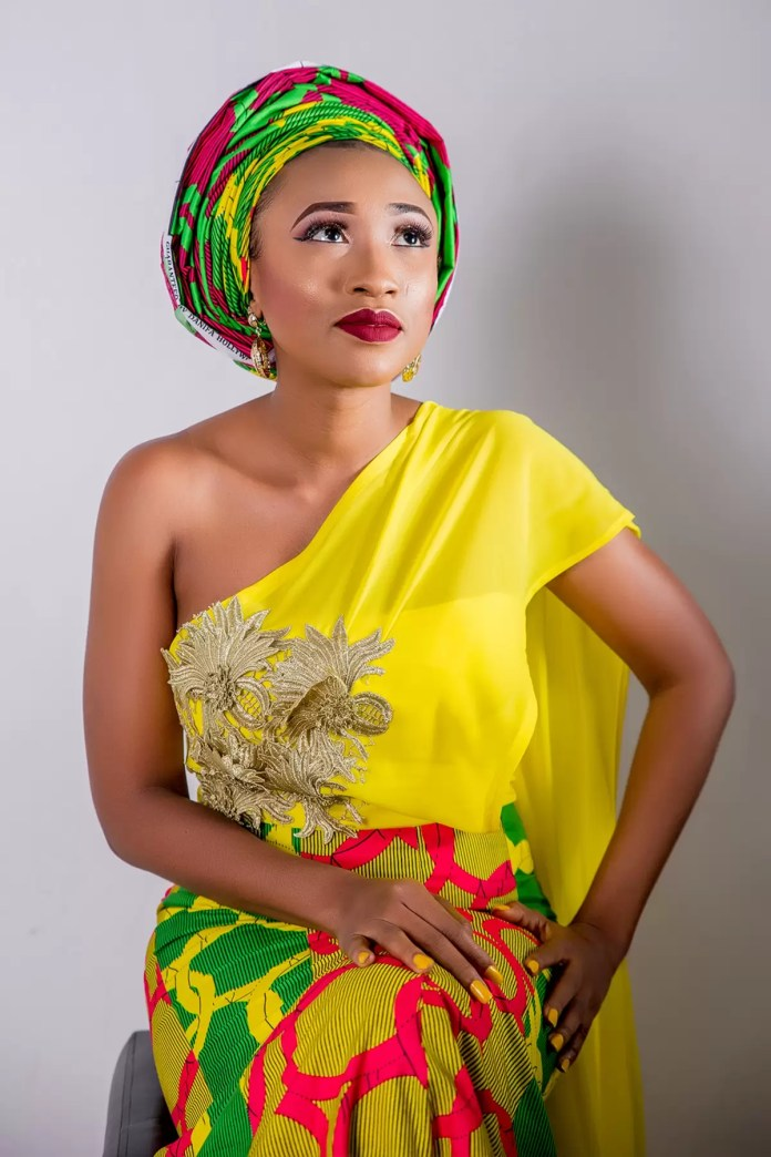 EMnews - Tv Personality/host and Actor Bridget chigbufue releases photos to celebrate Birthday. 1