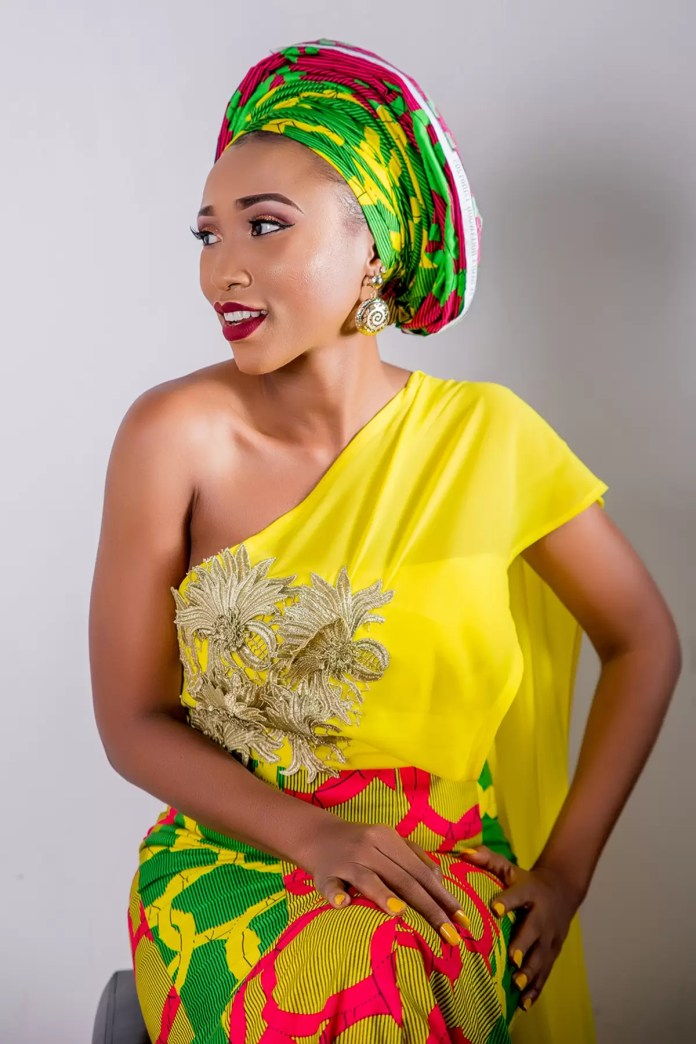 EMnews - Tv Personality/host and Actor Bridget chigbufue releases photos to celebrate Birthday. 2
