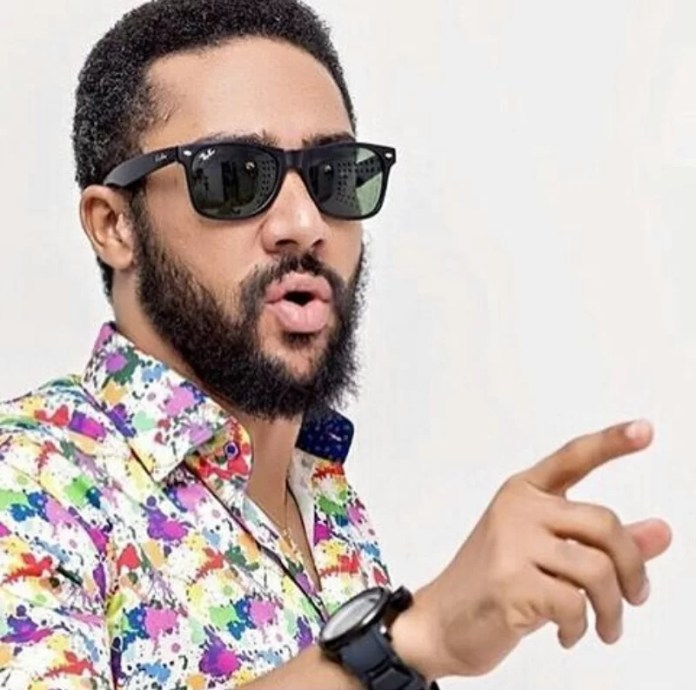 Majid Michel quits kissing 3