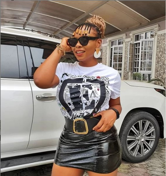 Yemi Alade Serves Us Finesse on The Gram 1