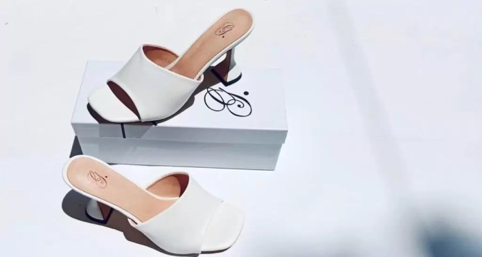 GbemiSoke Shoes Are Here For Women With Plus Size Feet 2