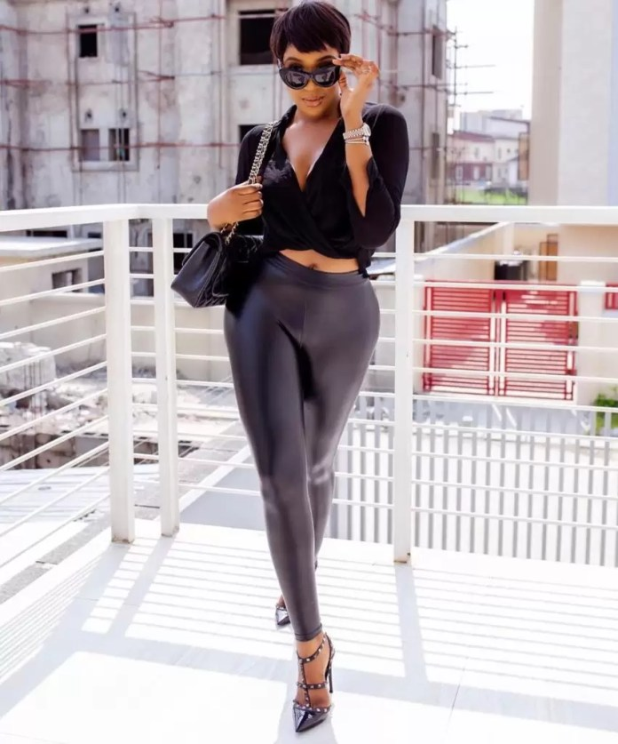 Idia Aisien, Slays On And Off Our TV | EM Fashion Crush 1