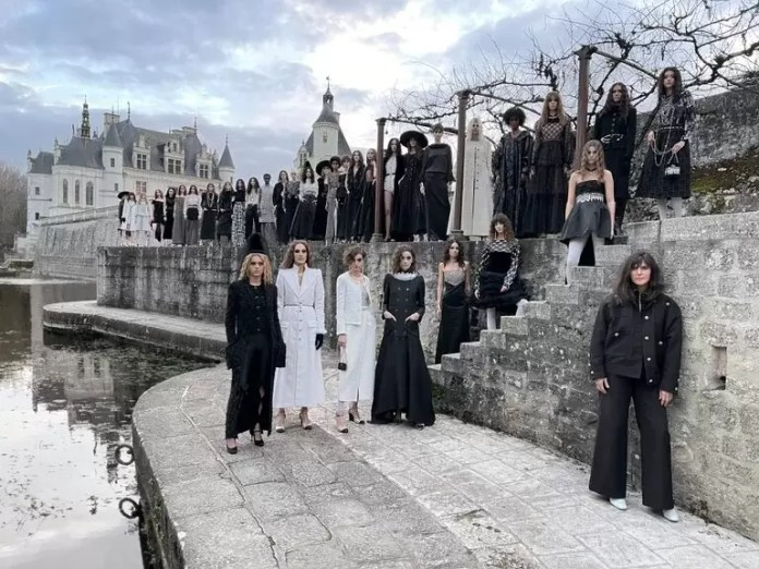 Chanel is Back To Destination Shows With Latest Métiers D'art Show 1