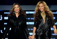 Beyoncé Celebrates Mum's Birthday