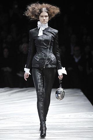 McQueen's Modern Goth - Fall 2008
