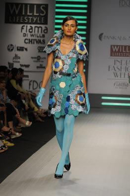 pankaj-and-nidhi-ahuja-aw09-blue-dress
