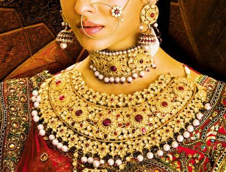 Jodhaa Akbar Aishwarya's Necklace on Exshoesme.com