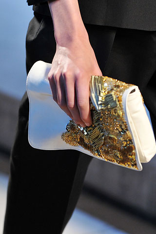 dries-gold-clutch-ss09
