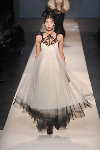 gauthier-couture-s09-dream-gown