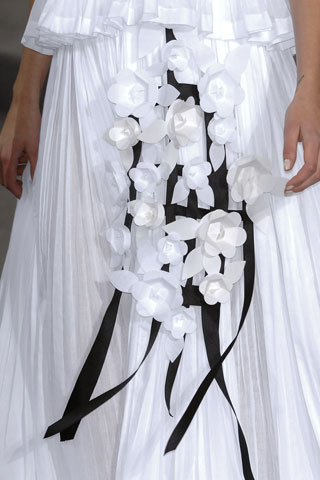 Pretty Petals at Chanel SS09
