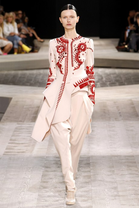 Modern mughal @ Givency Couture