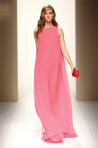 Bubblegum pink at Bottega Veneta Resort 2010
