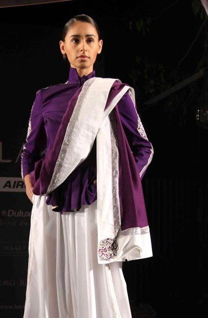 Anamika Khanna skirt jacket and dupatta Summer Resort 2011 on exshoesme.com