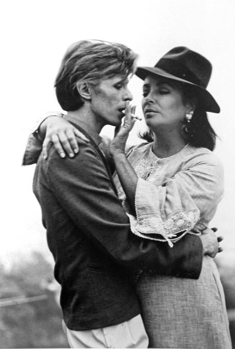 DAVID-BOWIE-AND-ELIZABETH-TAYLOR-LOS-ANGELES-1975 on exshoesme