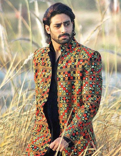 Abhishek Bachchan in character on exshoesme.com