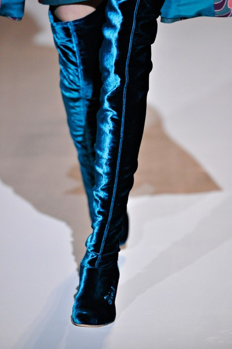 Alberta Ferretti FW11 Blue Velvet Boots on exshoesme.com