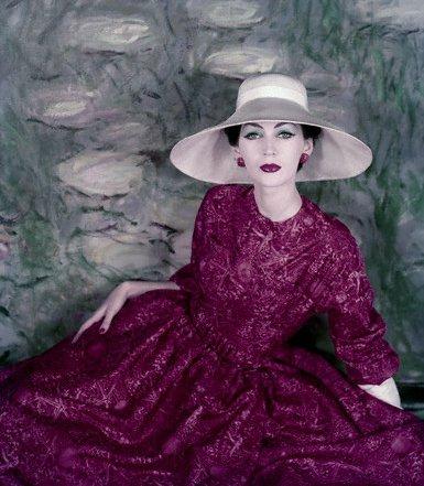 Dovima in Dior 1956 Vogue on exshoesme.com