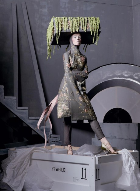 Vogue May 2011 Steven Meisel Alexander the Great Voss Kimono Coat and Flowerbox Hat, Spring 2001 on exshoesme.com