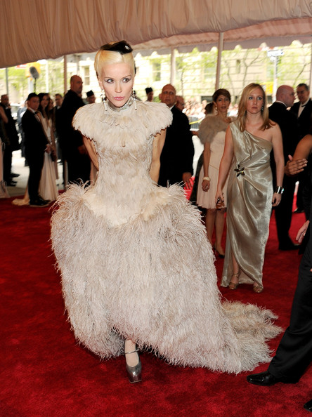 Daphne Guinness at the Met Gala 2011 on exshoesme.com