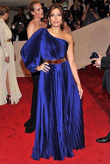 Eva Mendes at the Met Ball 2011 on exshoesme.com