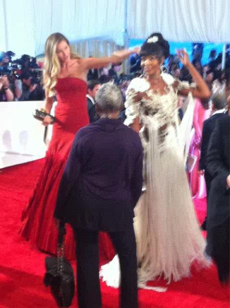Gisele Bundchen and Naomi Campbell in Alexander McQueen at the Met Ball 2011 on exshoesme.com