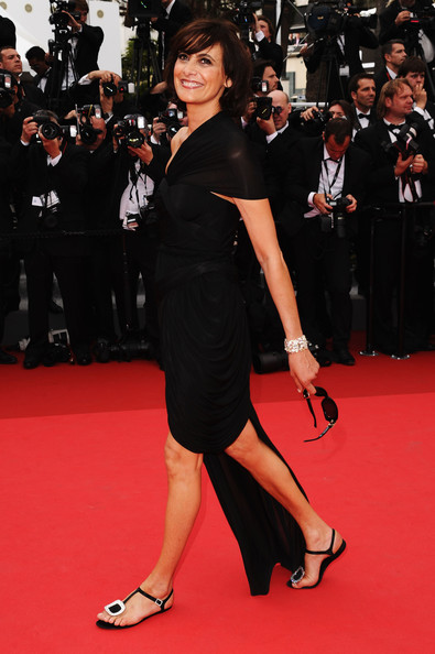 Ines de la Fressange wearing Carven and Roger Vivier Flats at the 2011 Cannes Film Festival on exshoesme.com.