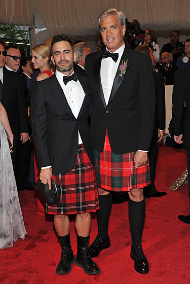"""Marc Jacobs and Robert Duffy """"Alexander McQueen: Savage Beauty"""" Costume Institute Gala At The Metropolitan Museum Of Art on exshoesme.com"""
