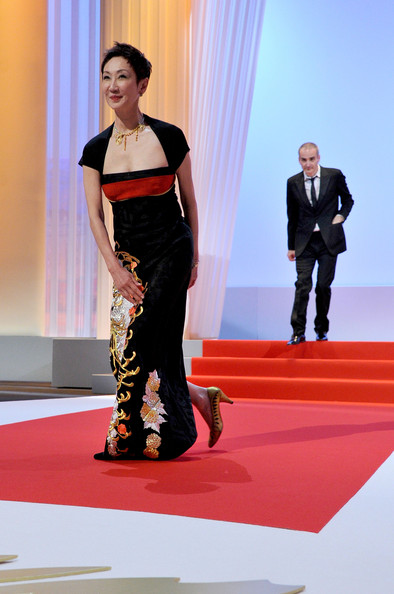 Nansun Shi takes a bow at the Opening Ceremony of the 2011 Cannes Film Festival on exshoesme.com.