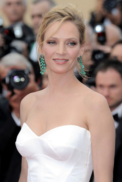 Uma in Green Earrings at the 2011 Cannes Film Festival on exshoesme.com