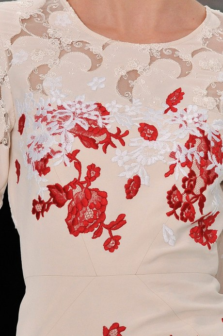 Erdem SS11 Red and White Lace Dress Detail on exshoesme.com