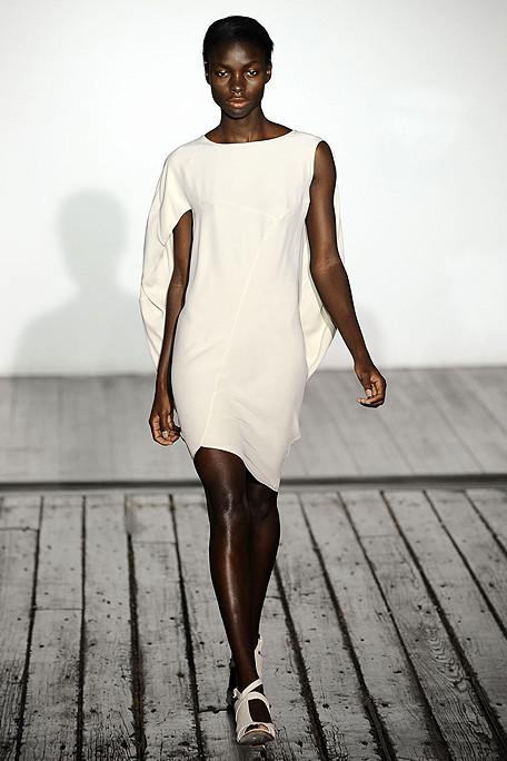 ZERO+ MARIA CORNEJO SS11 White Dress on exshoesme.com