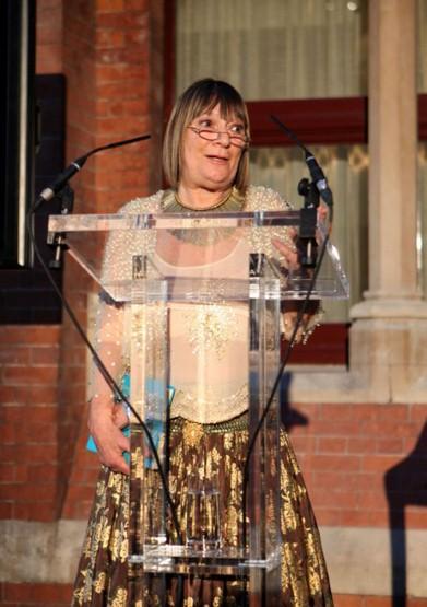 Hilary Alexander giving a sendoff speech on exshoesme.com
