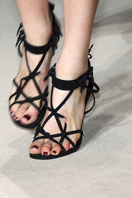 YSL SS11 Strappy Black Sandals on exshoesme.com