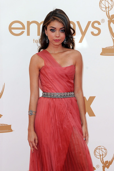 6 Sarah Hyland at the 2011 Emmy Awards on Exshoesme.com
