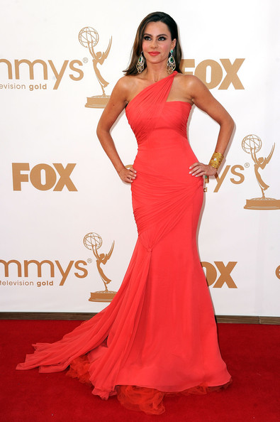 7 Sofia Vergara at the 2011 Emmy Awards on Exshoesme.com